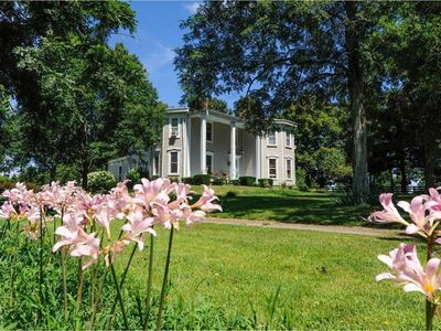 Photo for Absolutely perfect!  Greenwich hall is the ultimate Kentucky experience