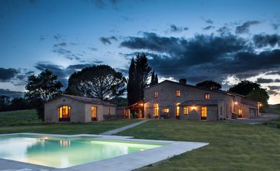 Photo for Villa in Buonconvento with 9 bedrooms sleeps 20