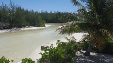 Photo for Secluded, Waterfront, Bonefish and Romance Cottage. Air House