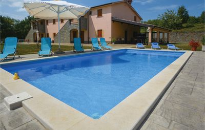 Photo for 5 bedroom accommodation in Gracisce