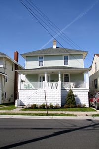 Photo for Newly Renovated Huge 5 Bedroom Ventnor Home, 2 Blocks to Beach, 4 Blocks to pier