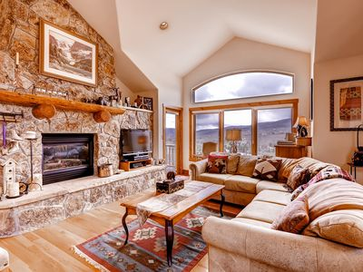 Photo for Spacious Arrowhead Townhome, Alpine Views, 4 Br + Den