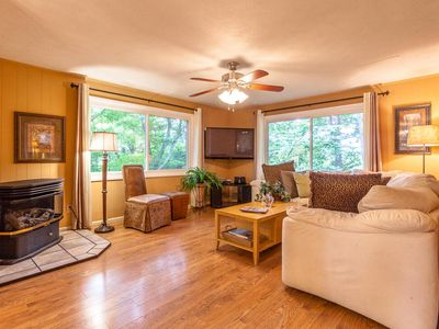 Photo for Luxury Mountain Chalet Nestled Among The Treetops Only 5 Mins to DT Asheville!