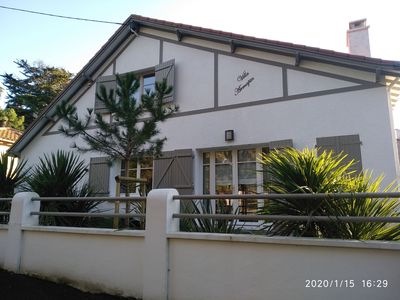 Photo for Charming house for 8 people, 600m from the beach, completely renovated