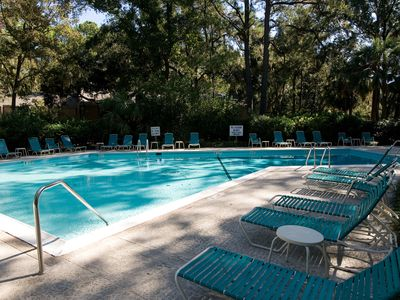 Photo for Stunning Sea Pines getaway close to the beach & golf - newly renovated!