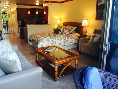 Photo for Beautiful 5 Star Remodel Studio in ocean front Resort Lahaina, walk to Front St.