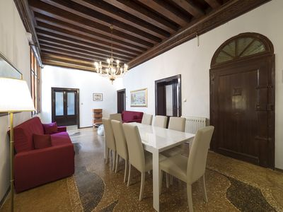 Photo for IN THE HEART OF SAN MARCO - FOUR-BEDROOM APARTMENT WITH A/C, LUXURIOUS LIVING ROOM IN VENETIAN STYLE