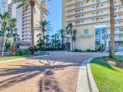 Photo for Oceanfront condo with access to shared community pool
