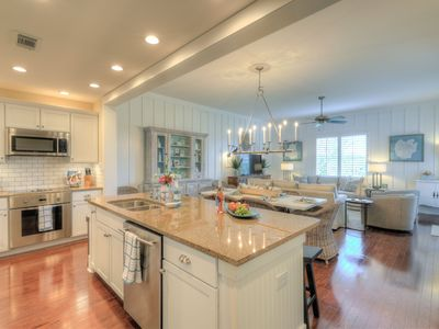 Photo for Hello30A! Newly Remodeled Condo for a Dream Vacation!
