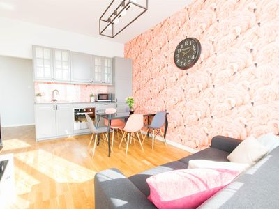 Photo for Krupnicza 10 apartment in Stare Miasto with WiFi, air conditioning, balcony & lift.