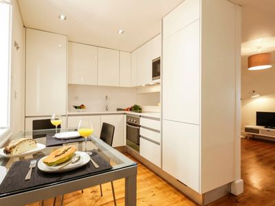 Photo for Simplicity, comfort and location are the three characteristics that best define this apartment.
