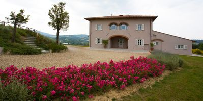 Photo for Villa with pool in the Florentine Valdarno