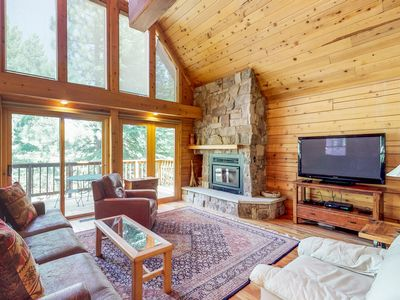 Photo for Spacious upgraded cabin w/shared pool, hot tub, tennis, near skiing