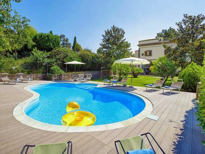 Photo for 5 bedroom Villa, sleeps 9 in Massa Lubrense with Pool, Air Con and WiFi