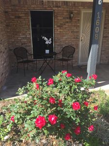 Photo for 10 minutes from A&M!  4 Bedroom Home in Quiet Neighborhood