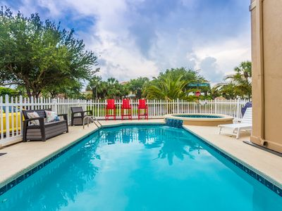 🌊 Gated Community and Pool! 🌞 Short Walk to Beach!