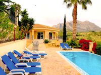 Comfortable villa, with pool, out in the country, need car.