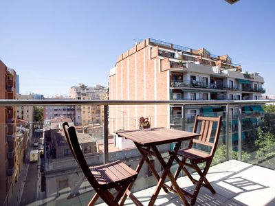 Photo for Marbella Platja VI apartment in Poblenou with WiFi, integrated air conditioning (hot / cold), balco…