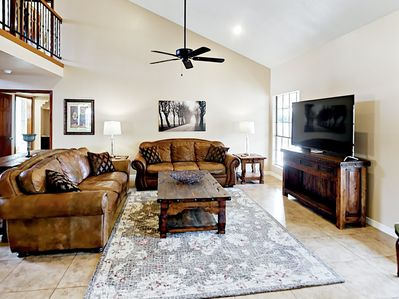 Main Living Area - Relax in the inviting living room, with comfortable seating for six.