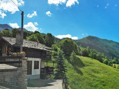 Photo for Apartment Coup d'Coeur (VOU130) in Valtournenche - 4 persons, 2 bedrooms