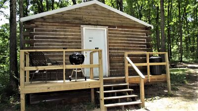Photo for Secluded Shady Oak Cabin
