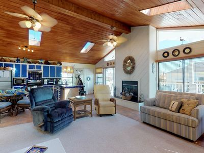Photo for NEW LISTING! Oceanside home w/deck, fireplace and hammock - close to beach!