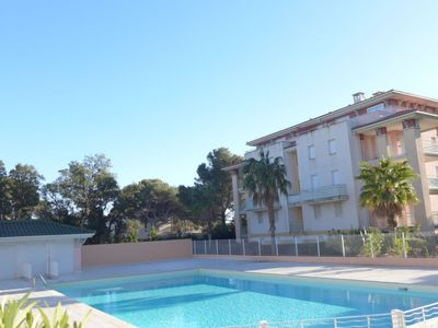 Photo for 2 bedroom Apartment, sleeps 4 in Saint-Aygulf with Pool and WiFi