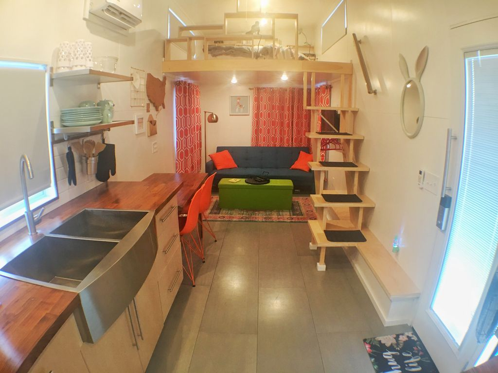Thoughtfully designed tiny home with modern styling, near skiing and canyons
