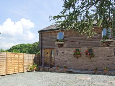 Photo for WOODLAND VIEW, pet friendly, with hot tub in Pembridge, Ref 26401