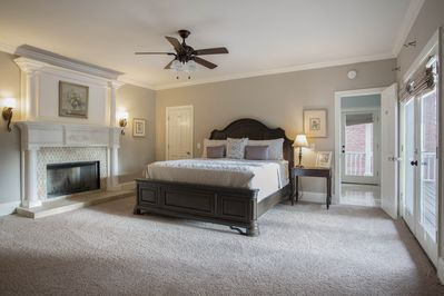 Gorgeous Estate Downtown Nashville    7 Bathrooms! Lots of Luxurious Space  - Woodland in Waverly