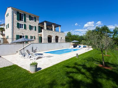 Photo for Immaculate And Beautiful 4* Luxury Villa Near Motovun, Istria