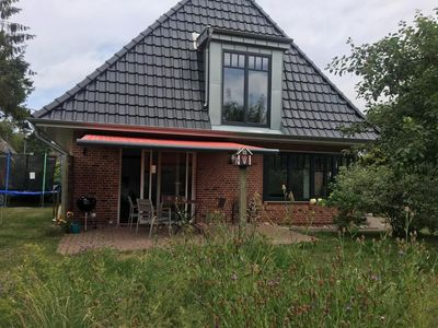 Photo for Quiet holiday home in dead end of SPO with large garden zw. Bad & Ording
