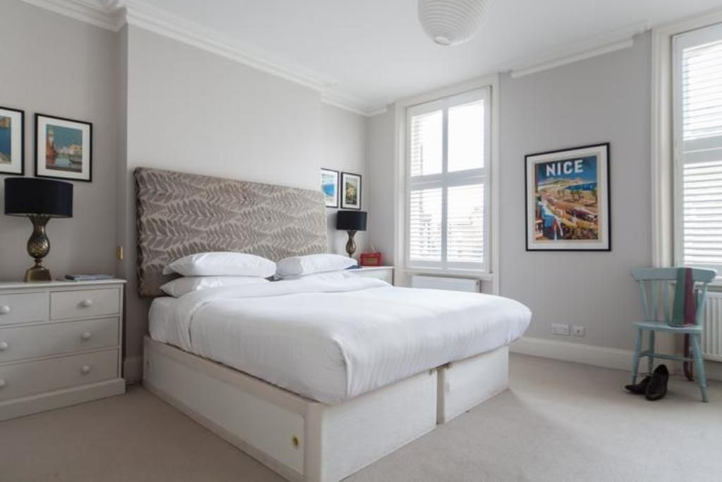 London Home 565, The Complete Guide to Renting Your Exclusive Holiday Home in London - Studio Villa, Sleeps 5