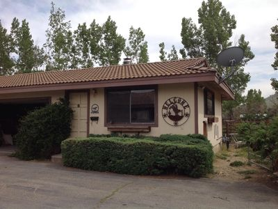 Great Country Cottage on a 3 Acre Horse Ranch