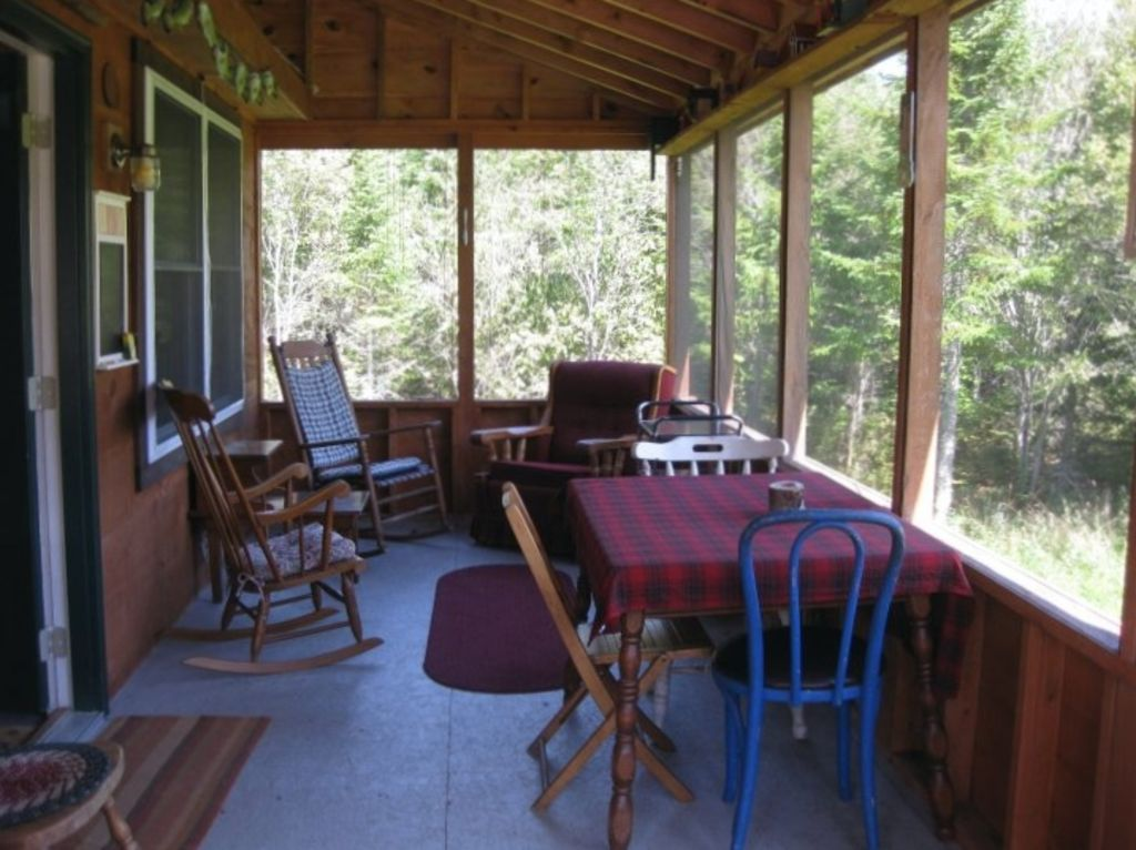 Secluded private maine lake retreat homeaway for Cabin rentals in maine with hot tub