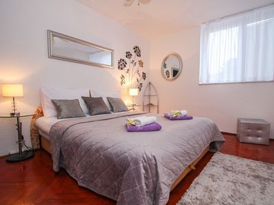 Photo for 413 m from the center of Split with Internet, Air conditioning, Balcony, Washing machine (747108)