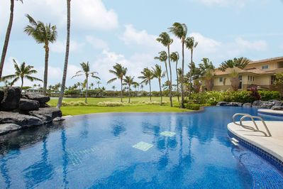 Pool - Welcome to Fairway Villas in Waikoloa Beach Resort! Discover ultimate relaxation in the heated infinity pool.