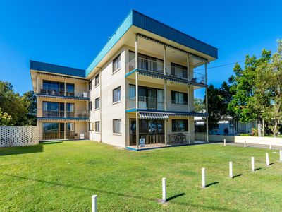 Photo for Great Views,  ground floor unit  Clearview Apartments South Esplande, Bongaree