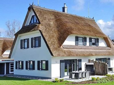 Photo for Reet / AM05b Thatched Cottage Am Mariannenweg 05b - Haus Baltic - Thatched Cottage Am Mariannenweg 05b - Haus Baltic