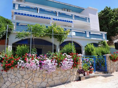 Photo for Studio flat near beach Metajna (Pag) (AS-10405-a)