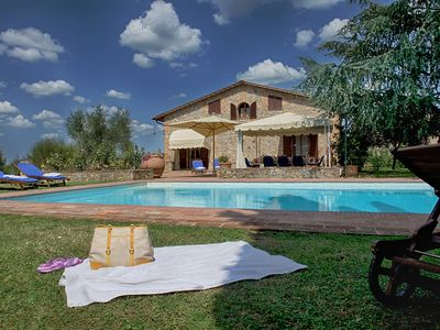 Photo for Beautiful Villa SIENA-4 km from Siena for 10 people AIR CONDITIONING, POOL & SPA