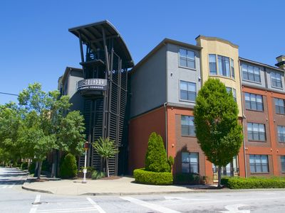 Beautiful 1 Bed/ 1Bed Condo in Atlantic Station