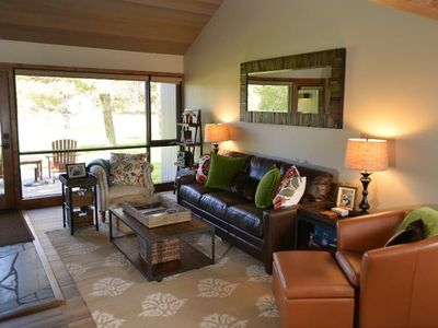 Photo for 81 Meadow House: 2 BR / 2 BA condo in Sunriver, Sleeps 4