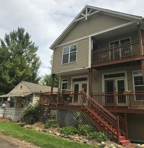 large house and optional 2 br cottage next door