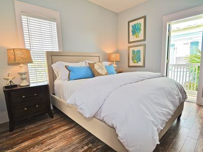 """Photo for """"Beach Blue"""" - Bungalows At Seagrove - Closest To The Beach & Overlooks The Pool"""
