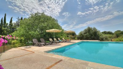 Photo for Stunning counrty villa, gated pool - Country house for 8 people in Buger