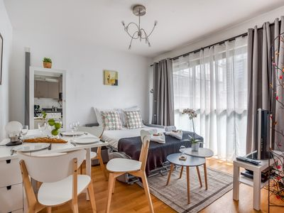 Photo for Confluence - Superb pied à terre with private parking