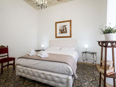 Photo for Aragon Rooms - B & B - Holiday Palermo / renovated Apartment