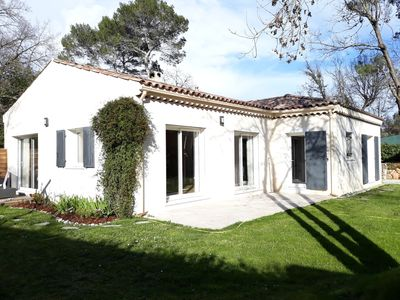 Photo for Charming single storey villa in Valbonne Village