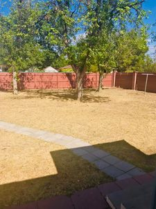 Photo for Cozy home with large fenced yard for executive housing